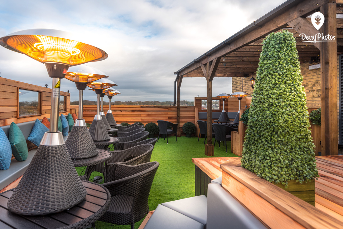 City Hotel Derry - Wedding and lifestyle ballroom and rooftop bar-4473